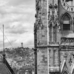 Basílica del Voto Nacional & El Panecillo
