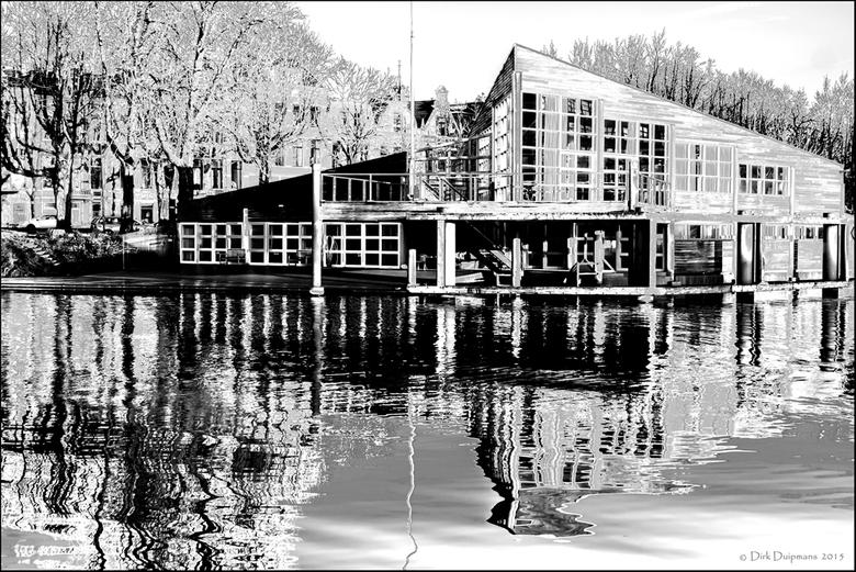 GRV De Hunze - clubgebouw van roeivereniging De Hunze aan de zuiderhaven te Groningen