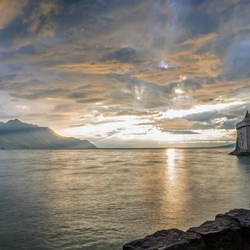 Sunset colours at Chillon Castle
