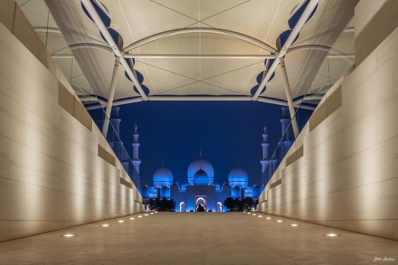 Sheikh Zayed Grand Mosque/Wahat Al Karama - Sheikh Zayed Grand Mosque gezien vanaf Wahat Al Karama - Abu Dhabi | UAE