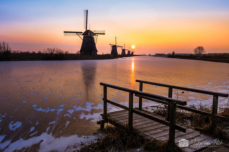 Zonnewind - Om als fotograaf het mooiste licht op de mooiste plekken vast te leggen moet je soms offers brengen. Op mijn vrije dag ging om 5:15 uur de