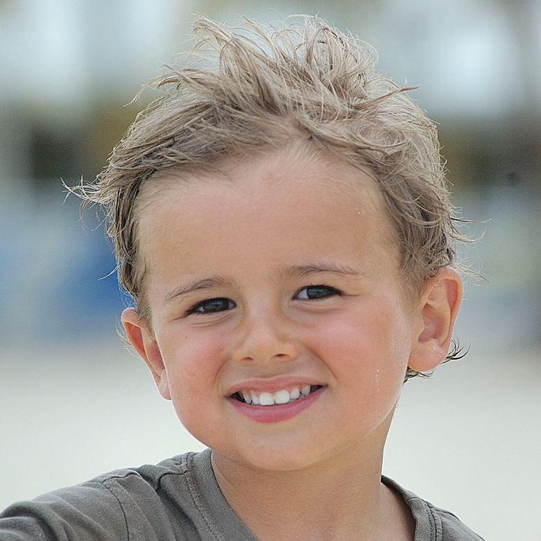 Jongetje - Jongetje op strand St. Martin