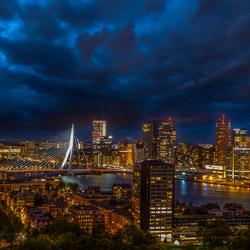 Storm boven Rotterdam