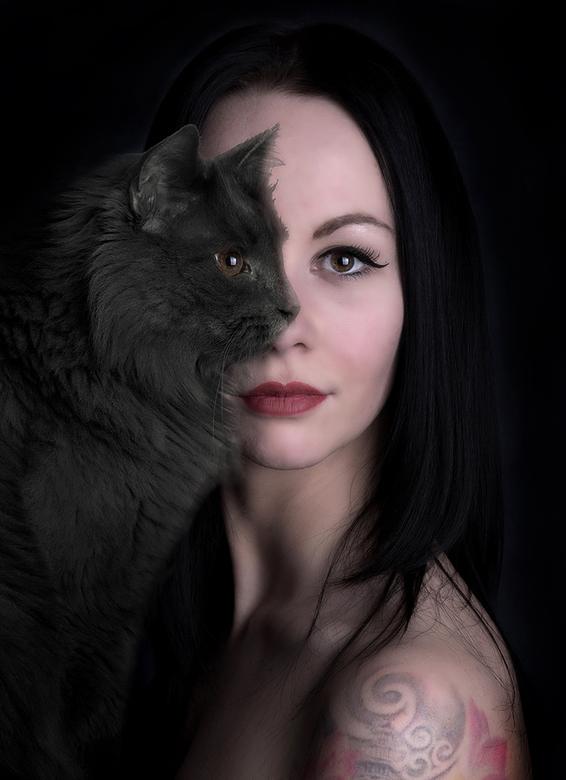 Catwoomen... - Catwoomen