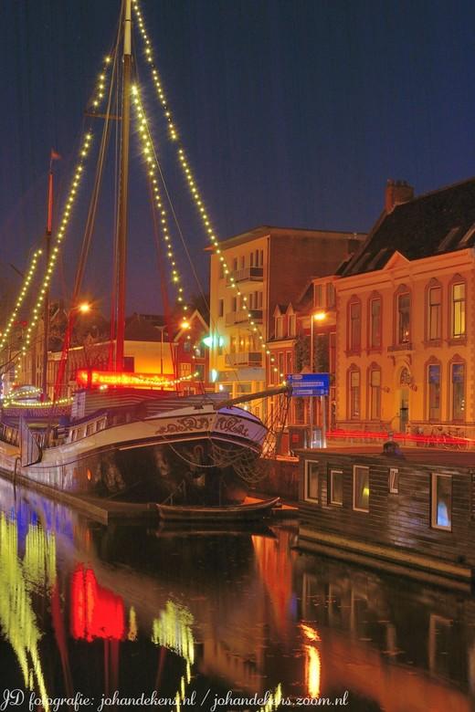 Avondfotografie in Groningen stad. - Bewerkte avondfotografie.