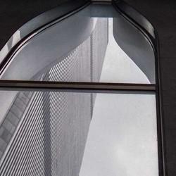 Blik vanuit een Twin Tower op de andere 1989.jpg