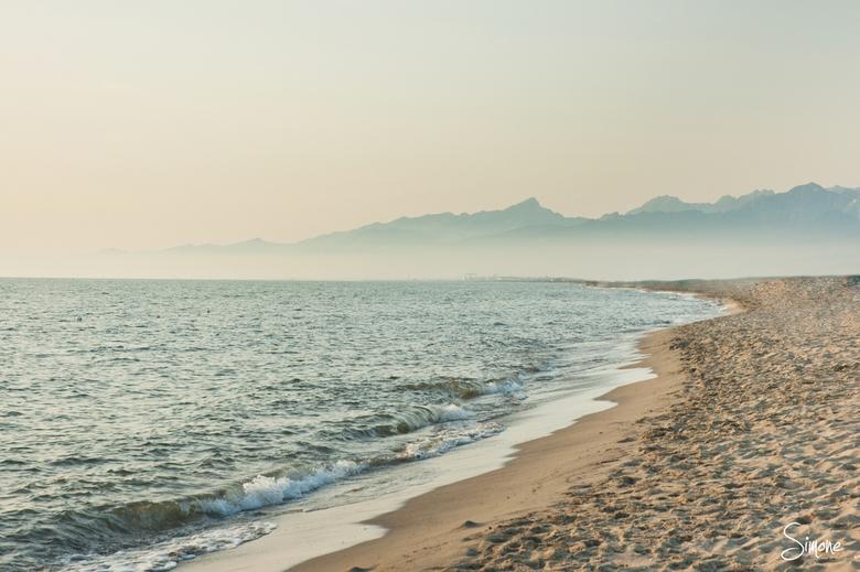Toscaans strand - Deze plaat is gemaakt tijdens de zonsondergang op een Toscaans strand.