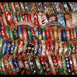 Armbanden te koop