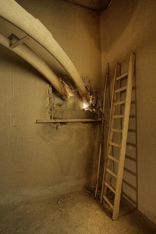 Inter Beton 14 - Op 29-4-2010 hebben Peter,Jos en ik een bezoek gebracht aan deze beton fabriek.<br /> <br /> Het is een hdr foto.<br /> <br /> Ki