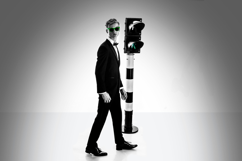 Mister Green - Ik heb op 7 april me eerste expositie. Hier ga ik de serie 'Suit Up' laten zien. Dit is een van de foto's uit de serie d