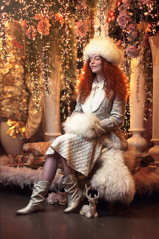 Kerst - model Myrna Moonstruck by photographer Sofiia Nevezhina - SonadorArt<br />