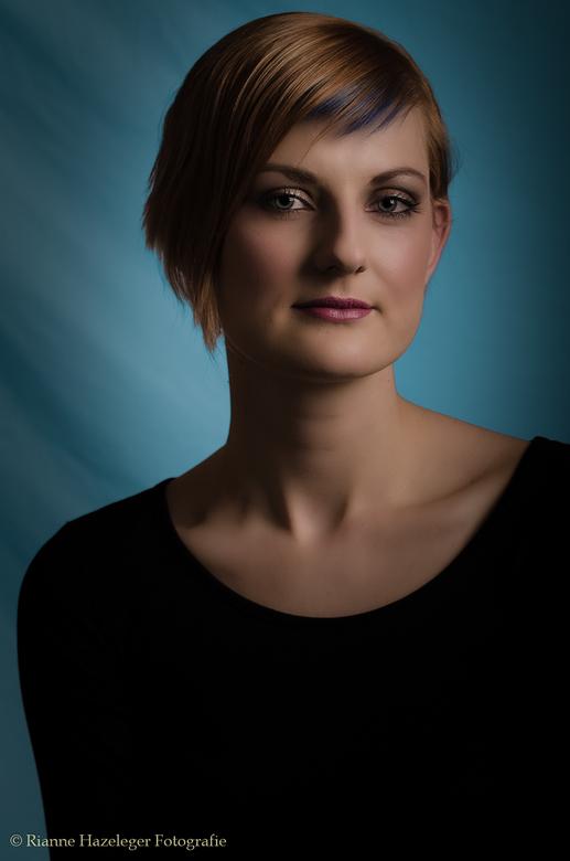 Portret Denies - Model: Denies Beken<br /> Make-up: Muah-Denies<br /> Fotografie: Rianne Hazeleger