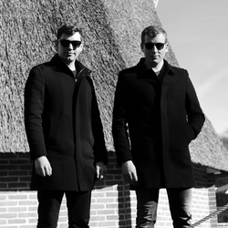 Men in Black - Openluchtmuseum