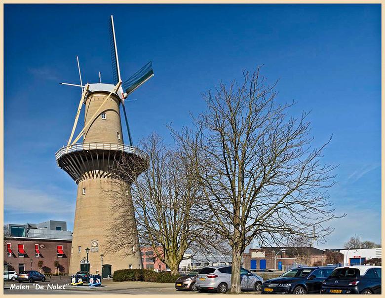 Molen  De Nolet   Schiedam - De  Nolet  molen.<br /> <br /> Hier is de Nolet molen te zien van een andere zijde.<br /> Het is een hoge molen, waar