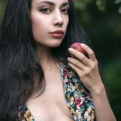 Rebecca met appel