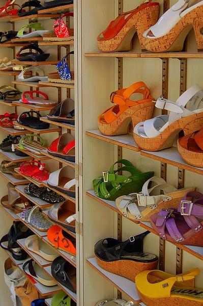 schoenen, schoenen, schoenen ... - veel schoenen, kleurrijk geheel