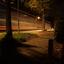 langere sluitertijd gebruikt in de straat (vrachtwagen voorbij)