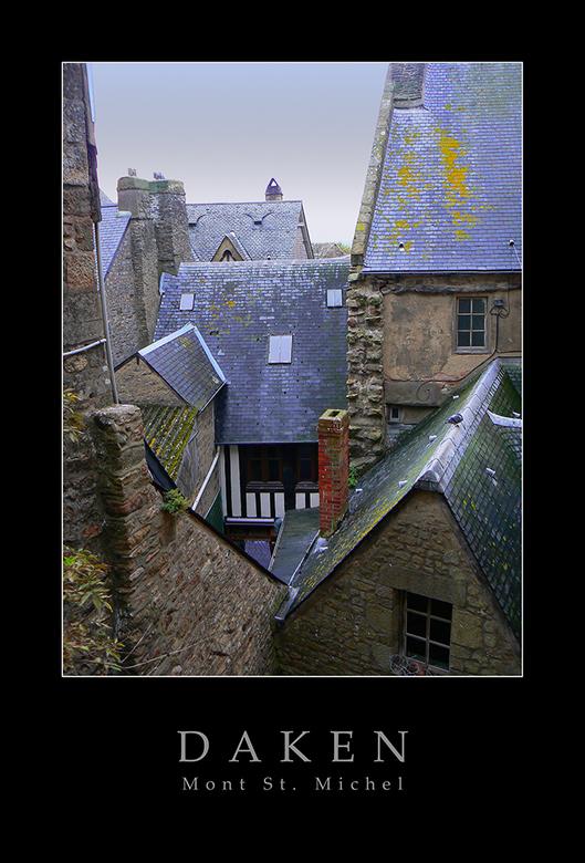 Daken - De daken van Mont St. Michel.<br /> Ik heb op deze foto kleur afstemmen toegepast. Ben zelf best tevreden met het resultaat. Ben benieuwd wat