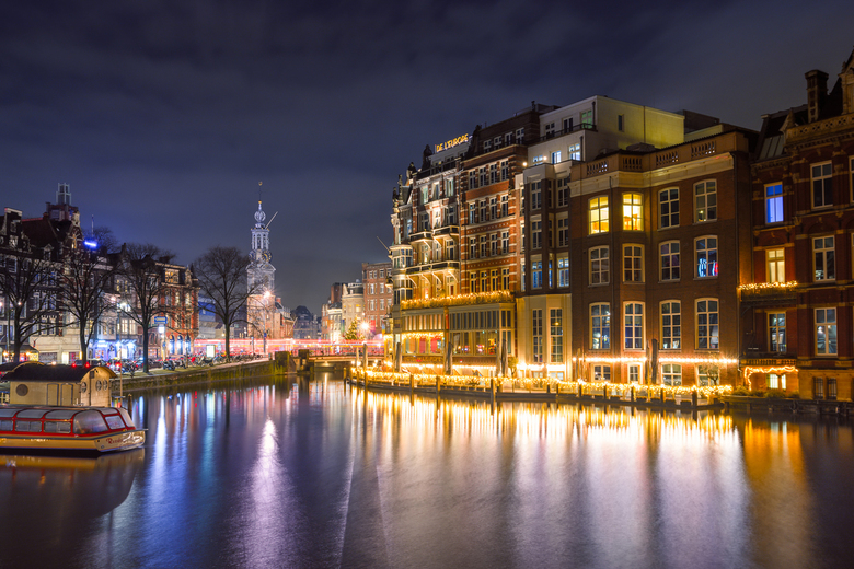 L'Europe Amsterdam - Terwijl we zonder plan door Amsterdam aan het struinen waren kwamen we per ongeluk langs deze locatie en toen moest ik natuurlijk