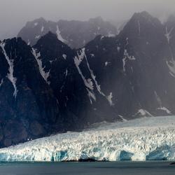 Liefdefjord gletsjer Spitsbergen