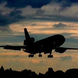 Landing DC10