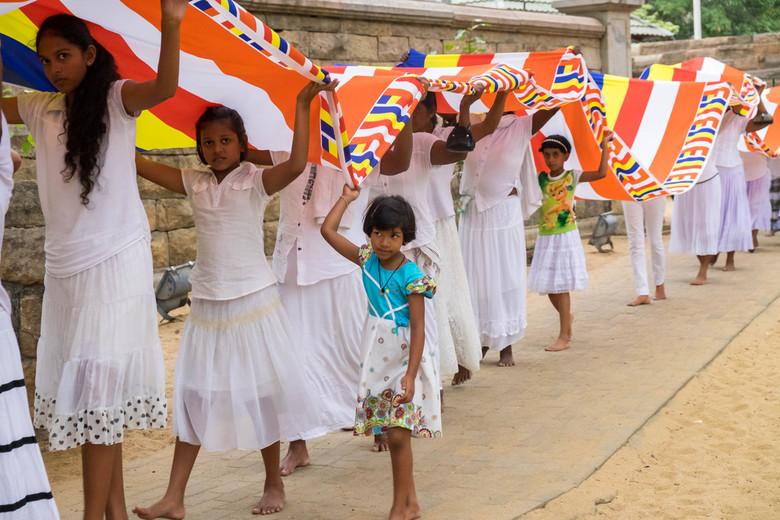 Optocht bij de heilige boom Sri Maha Bodhi in anuradhapura - Een boeddhistische optocht rond de heilige boom Ari Maha bodhi in Anuradhapura in Sri Lan