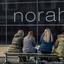 wil de echte Norah  op staan