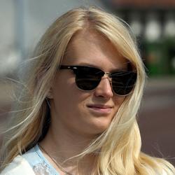 Blonde Zon....