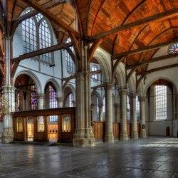 HDR Oude Kerk in Amsterdam