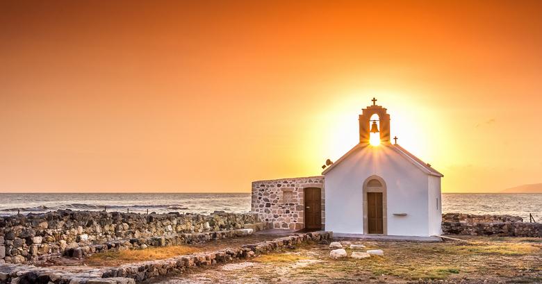 Goodmorning Greece - Heerlijk op vakantie en dan....om 5 uur al wakker!Wat doe je dan?Je pakt je camera en gaat op stap en komt dit kerkje tegen waar