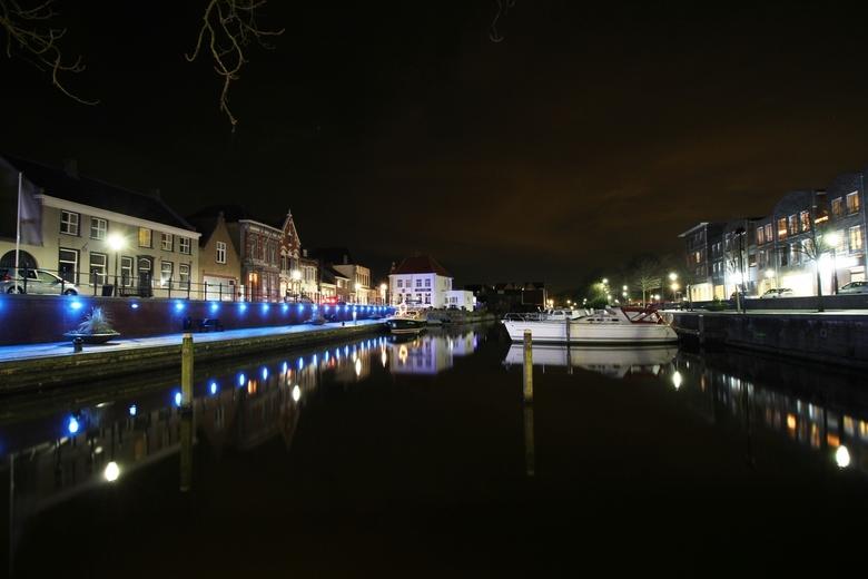 de haven van oudenbosch - wat langere sluitertijden uitproberen kan toch erg leuke foto's opleveren.
