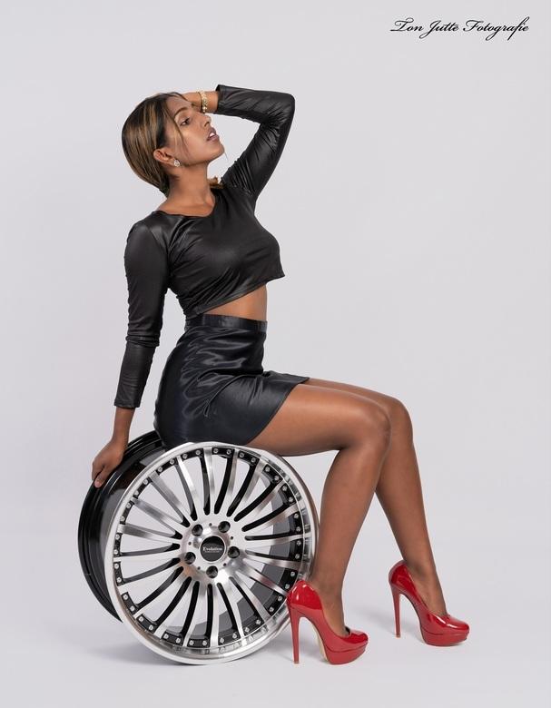 Op het wiel - Op het wiel.