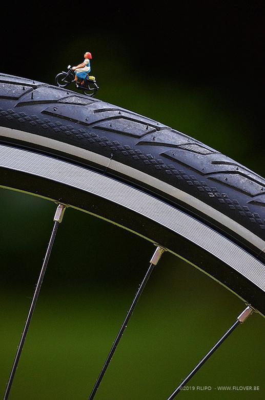 MINI - Op stap met de fiets - De zomer is de ideale periode om er met de fiets op uit te trekken....