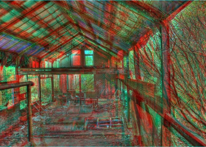 Old Factory HDR Anaglyph 3D - Urban Exploring in Groningen.<br /> <br /> Foto gemaakt in de oude steenfabriek Rusthoven. Eerst een HDR foto gemaakt
