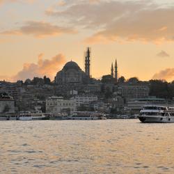 Nieuwe Moskee in ondergaande zon