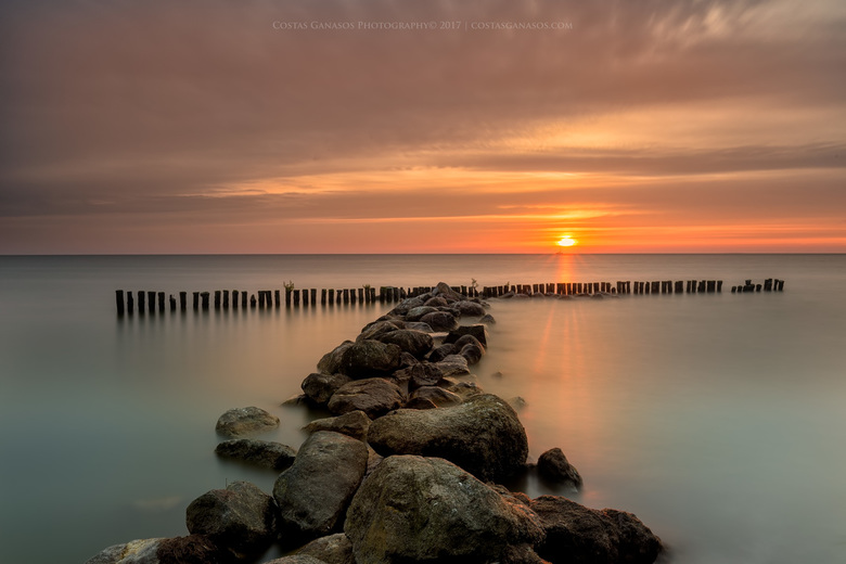 Sunrise by the shore of Enkhuizen
