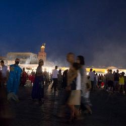 vrijdagavond la place jemaa el fna te Marrakech