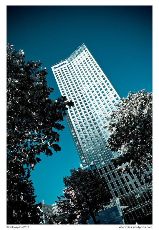 Maastoren Rotterdam - Het hoogste gebouw van de Benelux, de Rotterdamse Maastoren.