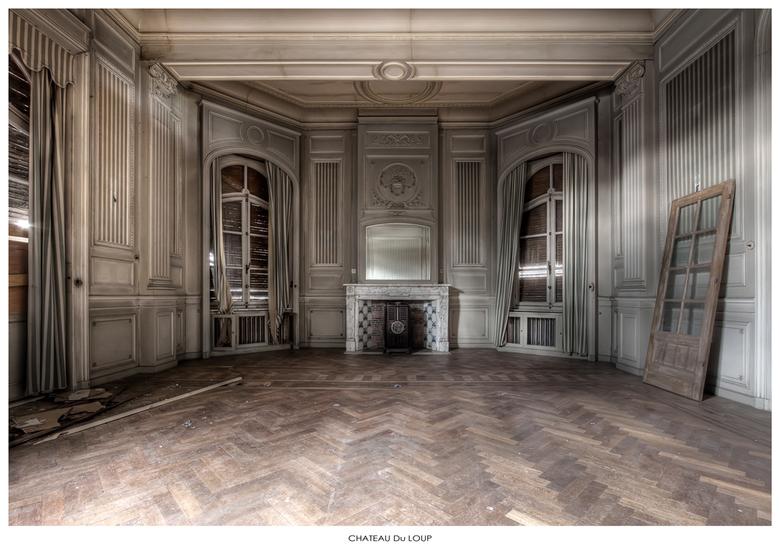 Chateau Du Loup 5 - Welbekend verlaten Chateau ergens in Belgie,...
