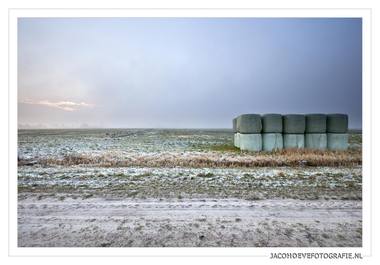 Ronde balen - Genomen op 14 januari 2013 in Rouveen.