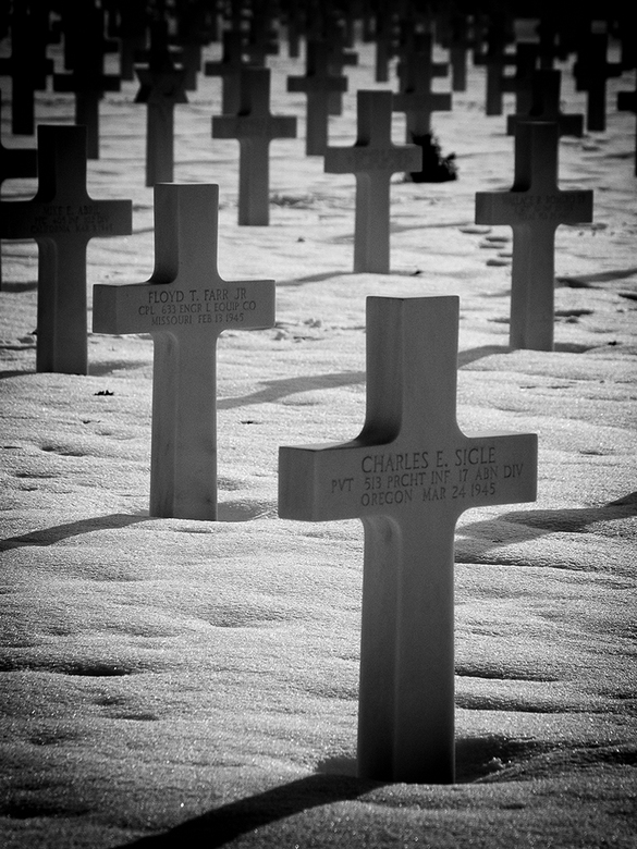 They died for us - begraafplaats voor Amerikaanse militairen te Margraten (WW2)