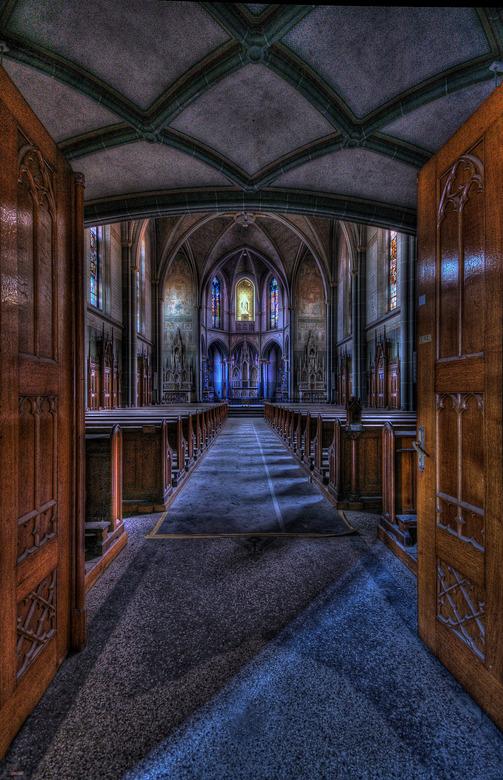 I see the light... - Foto is gemaakt in Monastery the Bright Saint een prachtige locatie... waar ik stil van wordt...