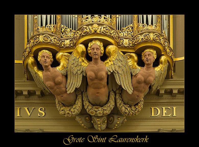 The Golden Girls - Deze dames ziiten op het orgel van de Grote Sint Laurenskerk te Almaar.<br /> <br /> Piebe