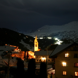 Serfaus by night
