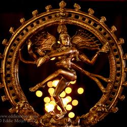 Shiva danst op bokeh