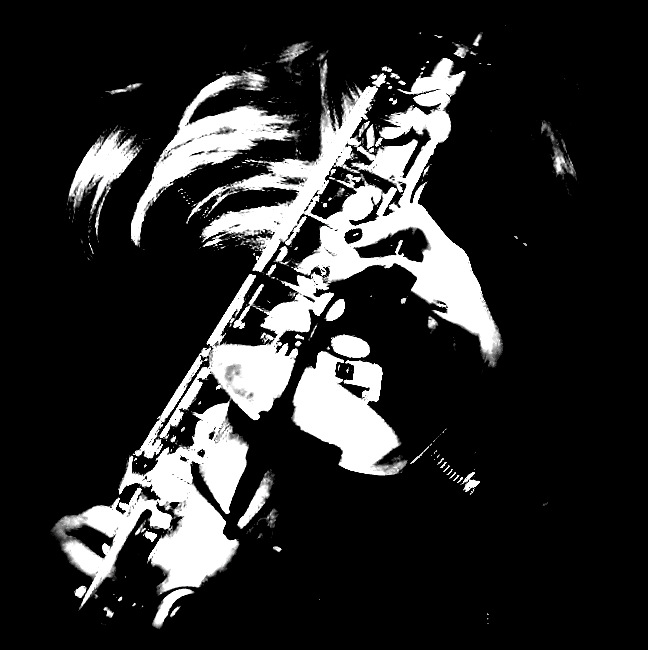 Candy's funky sax - Candy Dulfer, in een overdreven uitsnede!