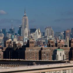 Empire state building vanaf brooklyn bridge