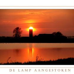 De lamp  Aangestoken