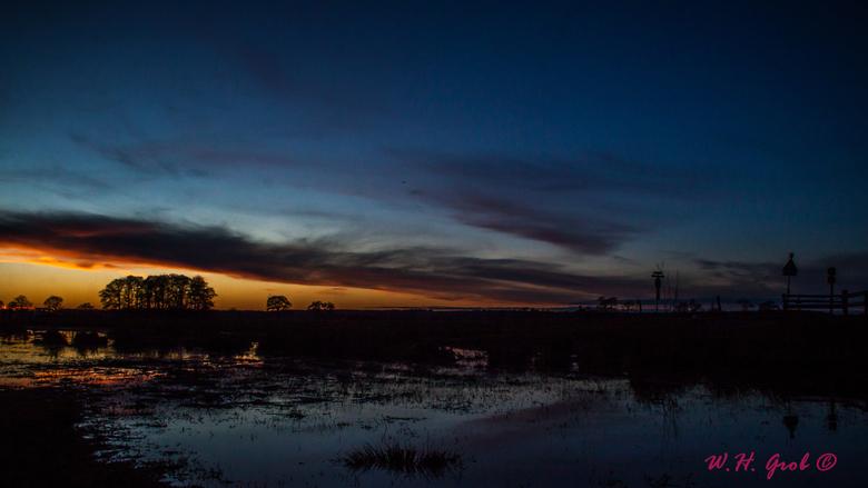 Sunset Akkerdijk - Mooie zonsondergang aan de Akkerdijk in Rijssen