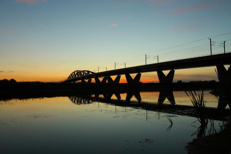 Spoorbrug over de IJssel - Prachtige zonsondergang van 25-9-2018